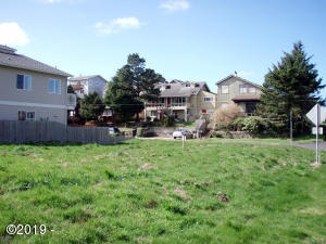 1200 SW Bay St, Newport, OR 97365 - 1200 SW Bay St