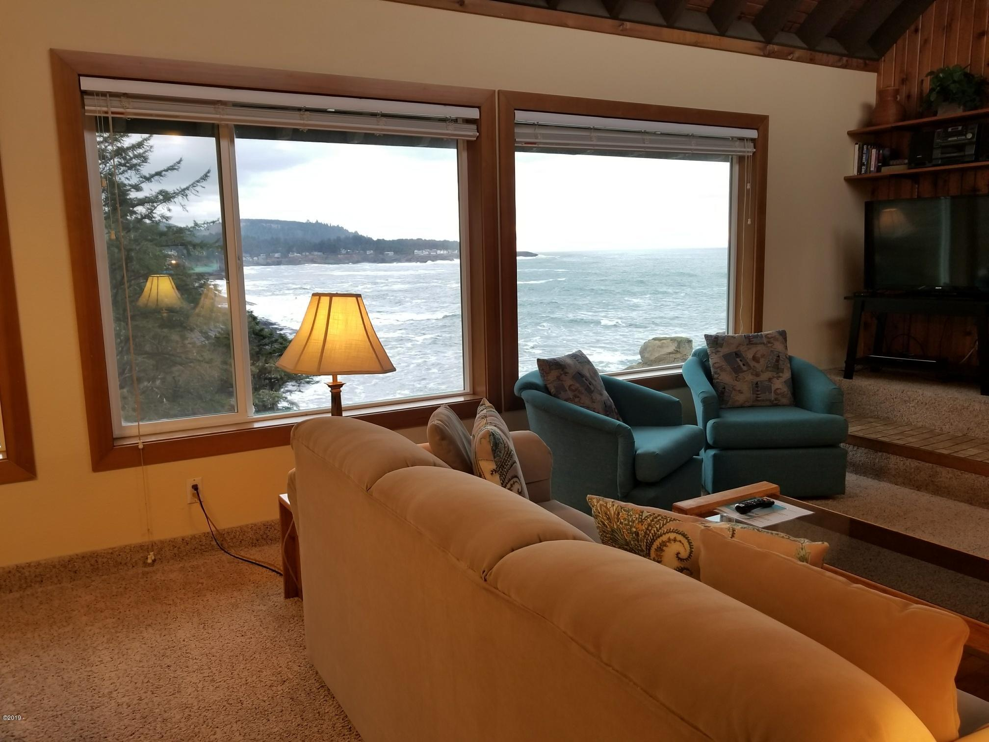 20 NW Sunset St F1-wk8, Depoe Bay, OR 97341 - Living Room and Ocean View