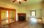 492 SE 3rd St, Toledo, OR 97391 - Family Room 1