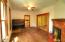 492 SE 3rd St, Toledo, OR 97391 - Family Room 2