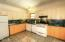492 SE 3rd St, Toledo, OR 97391 - Kitchen