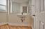 551 NW 54th St, Newport, OR 97365 - Half Bath