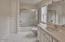 551 NW 54th St, Newport, OR 97365 - Upper Level Full Guest Bath