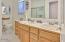 16 NW Lincoln Shore Star Resort, Lincoln City, OR 97367 - Master Bath
