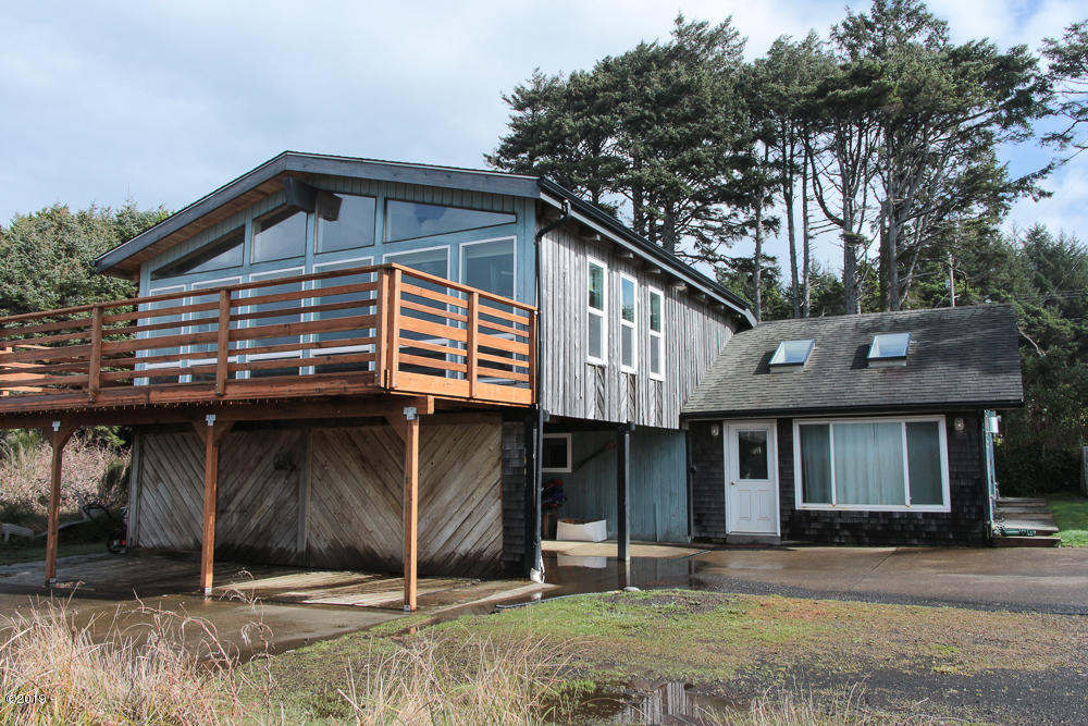 3509 Highway 101 N, Yachats, OR 97498 - Villec Exterior