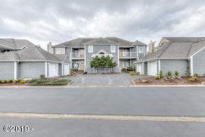 5942 SW Cupola Dr, Newport, OR 97366 - Front