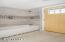 250 SW Coast Ave, Depoe Bay, OR 97341 - Guest Bath