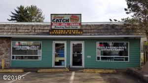 1544 SE Hwy 101, Lincoln City, OR 97367 - Days Catch
