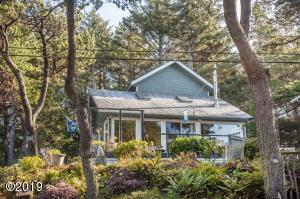 2030 SW Coast Ave, Lincoln City, OR 97367