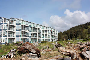 5201 SW Highway 101, 107, Lincoln City, OR 97367
