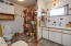 1534 NW Spring St, Newport, OR 97365 - Lower bath