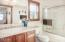 957 NW Inlet Ave, Lincoln City, OR 97367 - Guest Bath (1280x850)