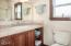 957 NW Inlet Ave, Lincoln City, OR 97367 - Master Bath - View 1 (1280x850)