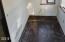 11860 SE Ash St, South Beach, OR 97366 - Sunroom Flooring