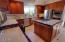 1720 NW Pacific St, Newport, OR 97365 - Kitchen