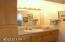 5484 SW Pacific Coast Hwy, Waldport, OR 97394 - 1st floor bath