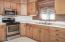 700 SE 8th St, Toledo, OR 97391 - Kitchen - View 3 (1280x850)