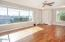 700 SE 8th St, Toledo, OR 97391 - Living Room - View 4 (1280x850)