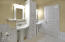 1316 NW 19th St, Lincoln City, OR 97367 - Master Bathroom