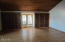 170 Cliff St, Depoe Bay, OR 97341 - family rm