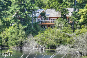 1417 NW Fircrest Way, Waldport, OR 97394 - House overlooking Hidden Lake