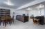 2610 NE Sturdevant Pl, Toledo, OR 97391 - Family Room