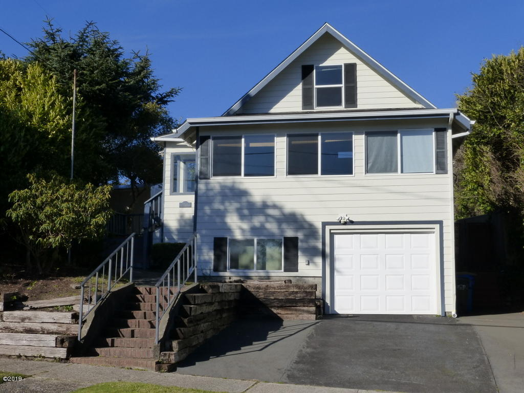 258 SW 11th St, Newport, OR 97365 - P1040111