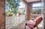 1723 SE 8th St, Lincoln City, OR 97367 - Front porch