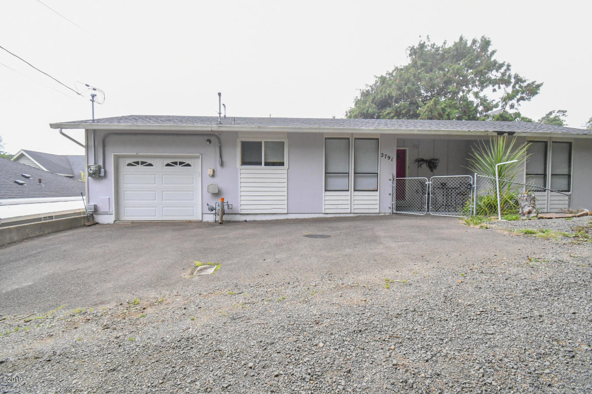 2791 SW Dune Ct, Lincoln City, OR 97367 - Front Home