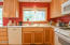2791 SW Dune Ct, Lincoln City, OR 97367 - Kitchen