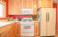 2791 SW Dune Ct, Lincoln City, OR 97367 - Functional Kitchen