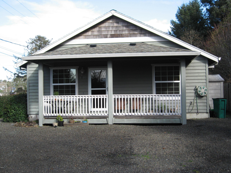 8100 Victoria St, Rockaway Beach, OR 97136 - Front exterior