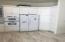 180 SW 59th St., Newport, OR 97366 - Kitchen storage