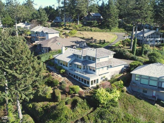6 Huckleberry Lane, Gleneden Beach, OR 97388