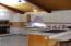 711 SE 4th St, Newport, OR 97365 - Kitchen