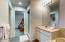 626 NW 54th Ct, Newport, OR 97365 - Bathroom