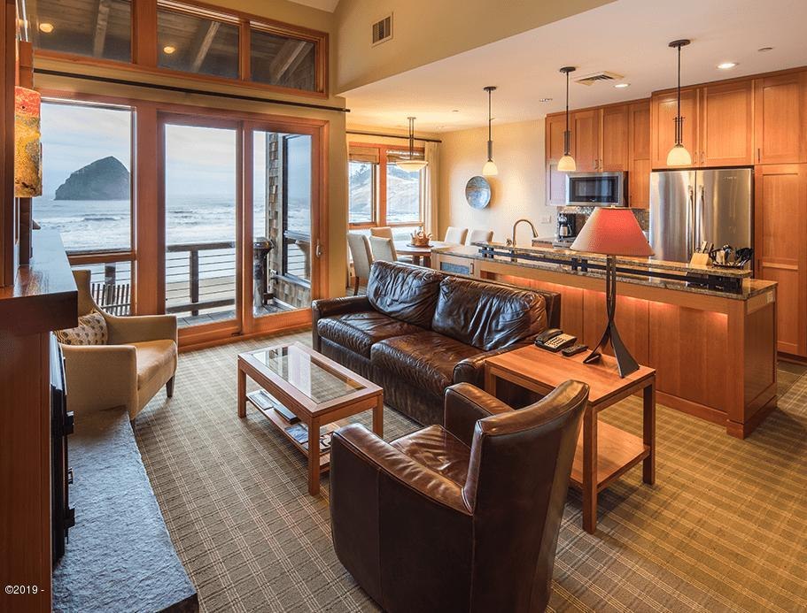 33000 Cape Kiwanda Dr Unit 4 Wk 36, Pacific City, OR 97135 - Oceanfront living