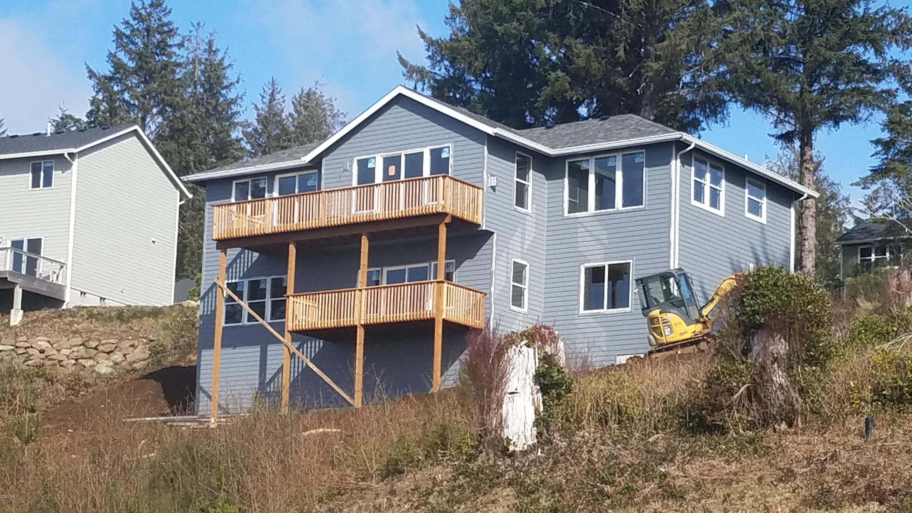 4159 SE Keel Way, Lincoln City, OR 97367 - exterior