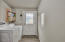 1909 NW Hilton Dr, Waldport, OR 97394 - Laundry Room