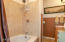 1624 NW Oceanview Dr, Newport, OR 97365 - Bathroom