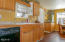 1624 NW Oceanview Dr, Newport, OR 97365 - Kitchen
