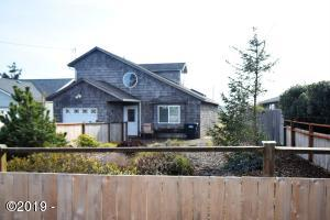 1713 NW Canal St, Waldport, OR 97394 - North Side of House