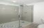 5019 NW Jetty Avenue, Lincoln City, OR 97367 - Downstairs Bath - View 2 (850x1280)