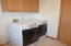718 SE 5th St, Newport, OR 97365 - Washer/dryer