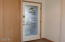 718 SE 5th St, Newport, OR 97365 - Etched glass door