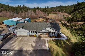 57300 SW Hebo Rd, Grand Ronde, OR 97347