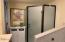 1322 NW 18th St, Lincoln City, OR 97367 - Bathroom