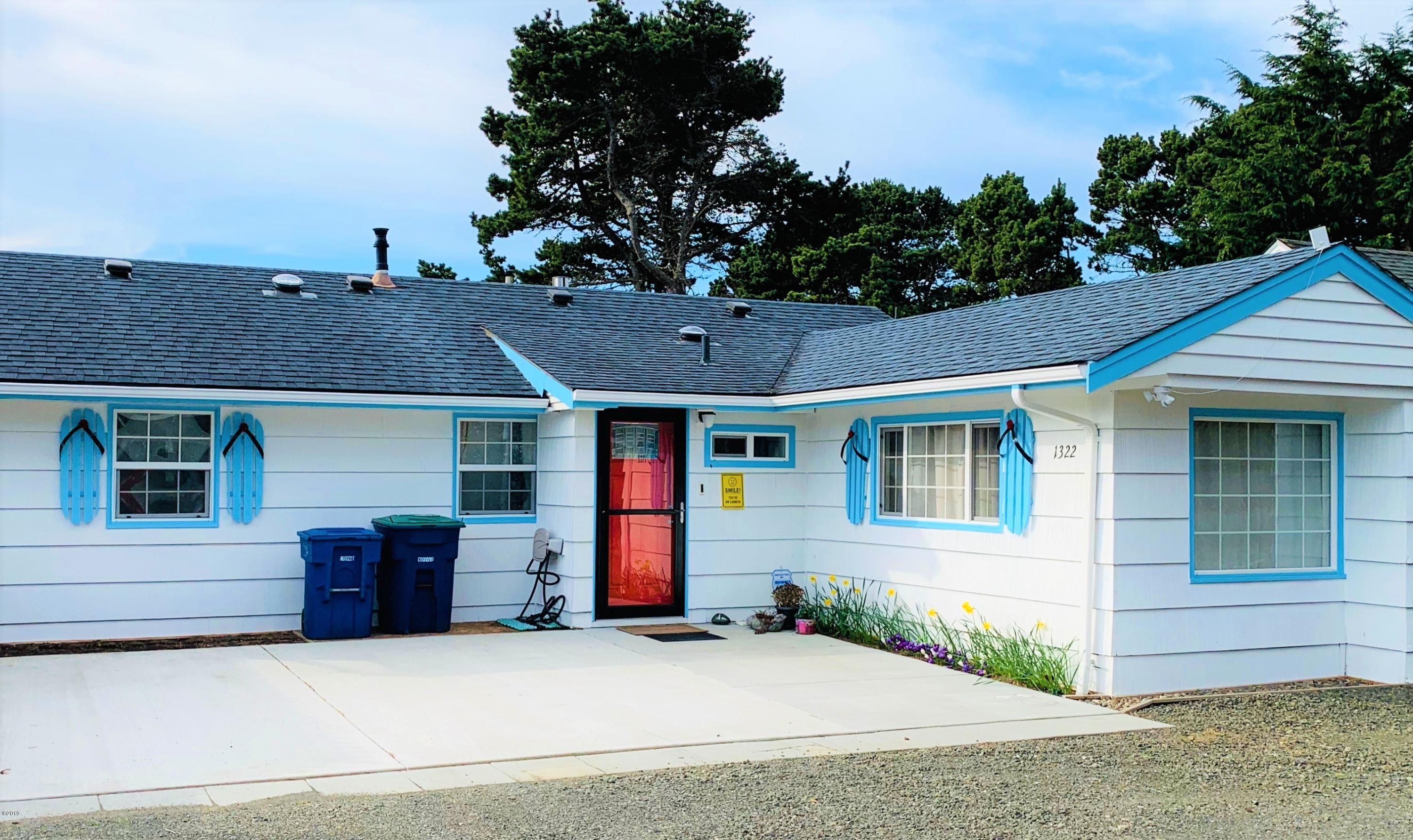 1322 NW 18th St, Lincoln City, OR 97367 - Front of House