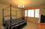 6271 NE Oar Dr, Lincoln City, OR 97367 - Master Bedroom