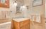 325 Lancer St, 48, Gleneden Beach, OR 97388 - 1 of 2 bathrooms